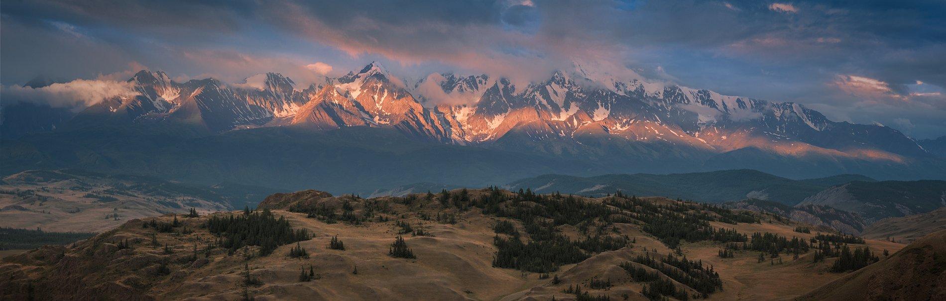 пейзаж, природа, горы, алтай, сибирь, россия, путешествия, туризм, красный, утро, раннее, хребет, большой, высокий, панорама, лето, рассвет, восход, степь, долина, холмы, лес, дерево, Дмитрий Антипов