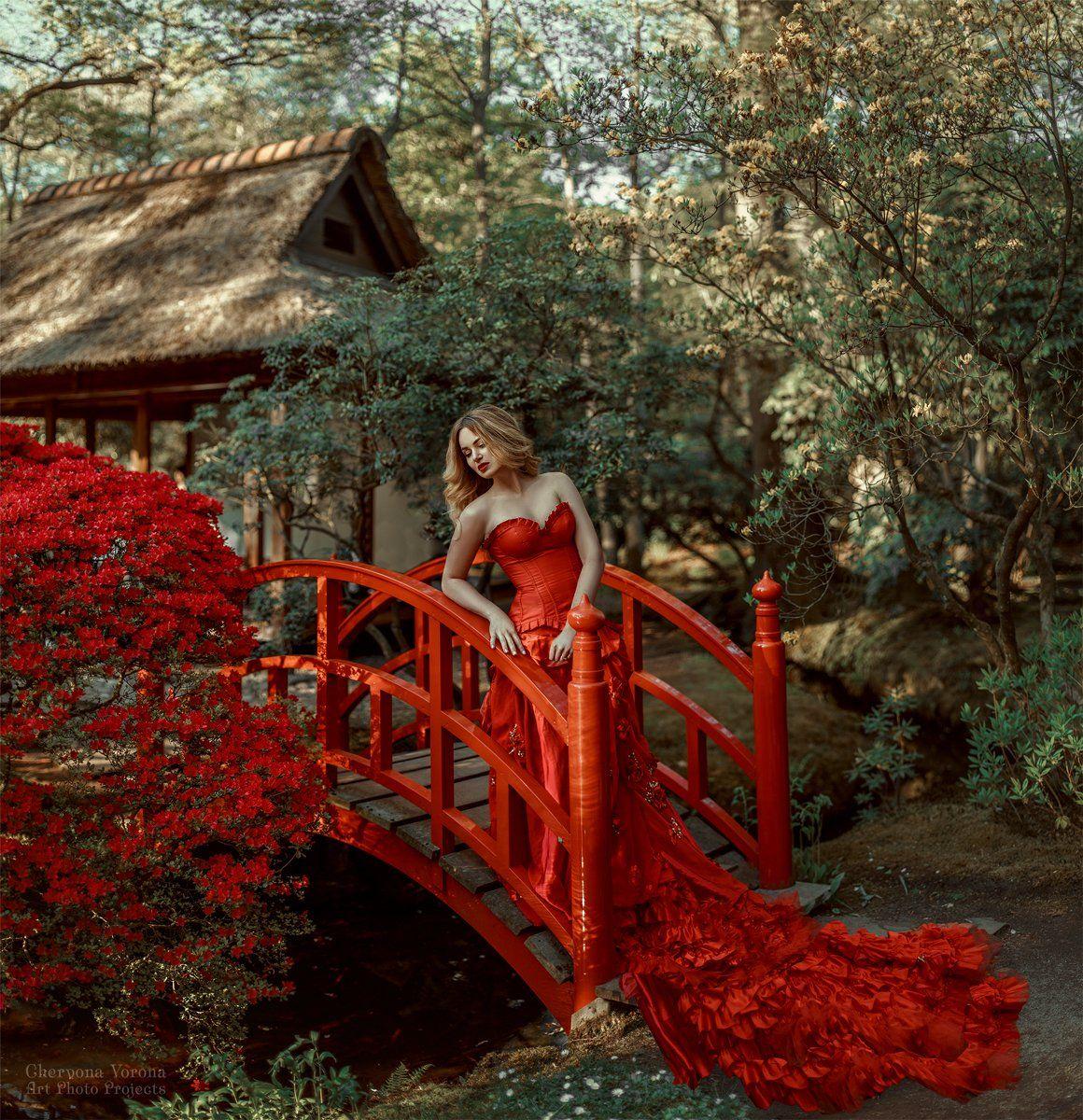 девушка в красном платье, красное платье, мост, китай, природа, Червона Ворона
