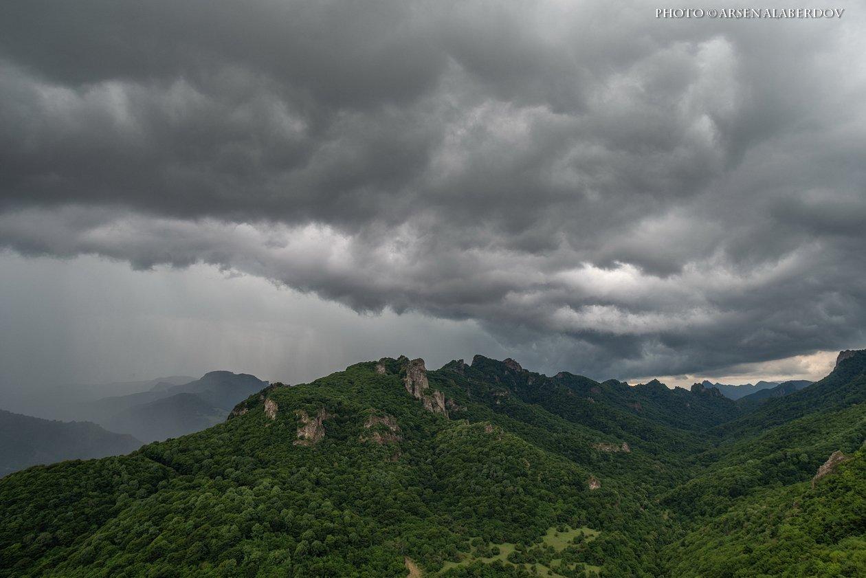 долина, утро, вечер, карачаево-черкесия, кавказ, простор, закат, дымка, туман, горы, хребет, гроза, дождь, тучи, АрсенАл