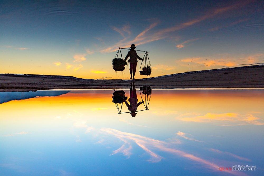 quanphoto, landscape, morning, reflections, woman, beach, sunrise, dawn, people, vietnam, asia, quanphoto