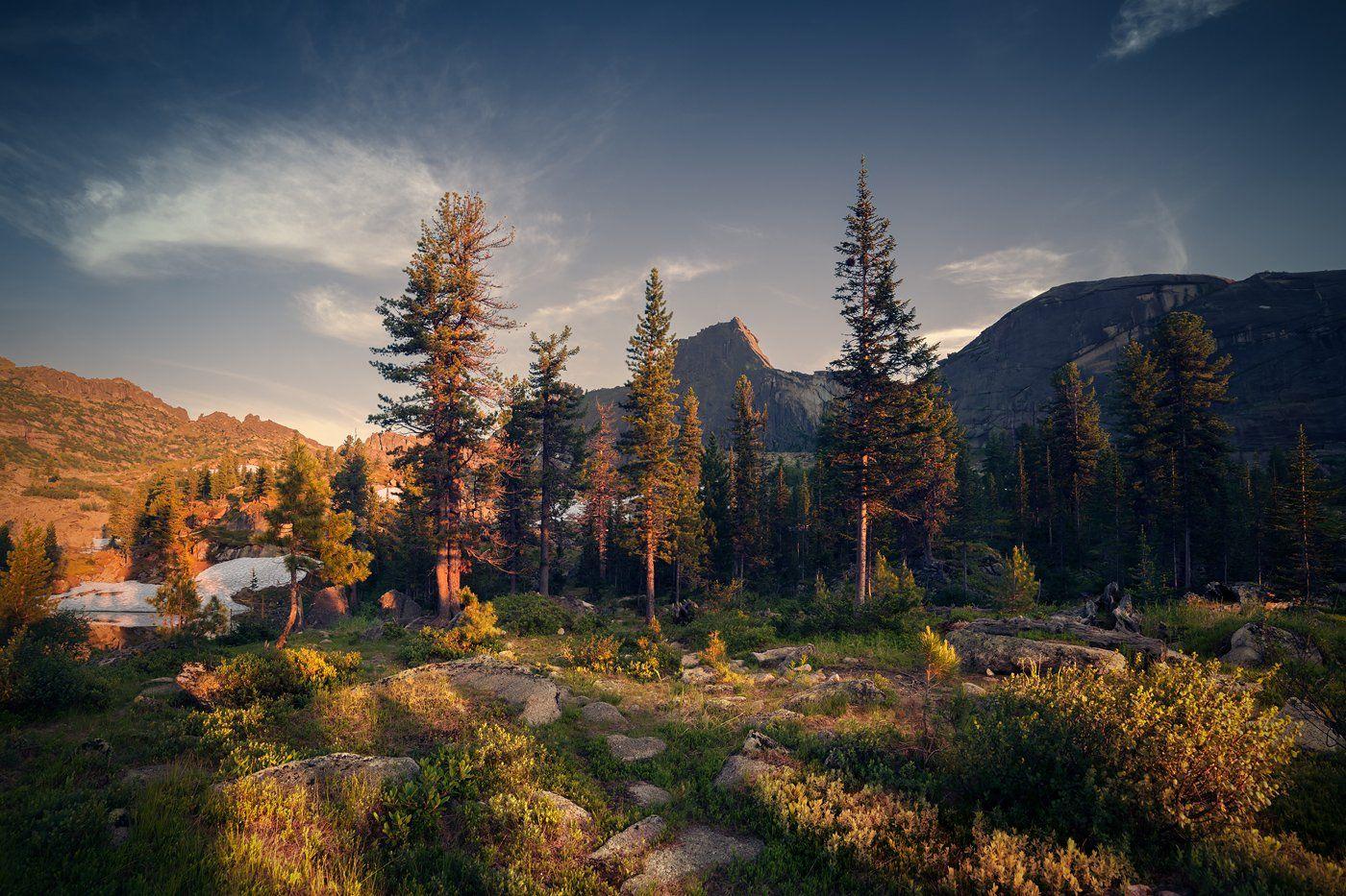 пейзаж, природа, вечер, деревья, озеро, горы, скалы, камни, теплый, большой, высокий, красивая, красноярский, край, хребет, ергаки, сибирь, саяны, лазурное, Дмитрий Антипов