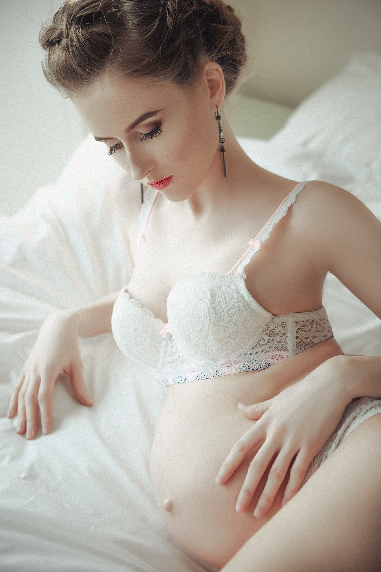 woman, art, portrait, beauty, pregnancy, indoors, natural light, Руслан Болгов (Axe)