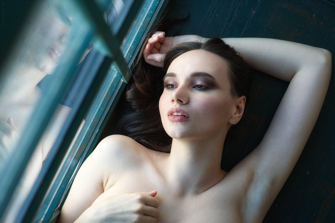 девушка, портрет, милая, cute, girl, portrait, окно, window, Тимофей Смирнов