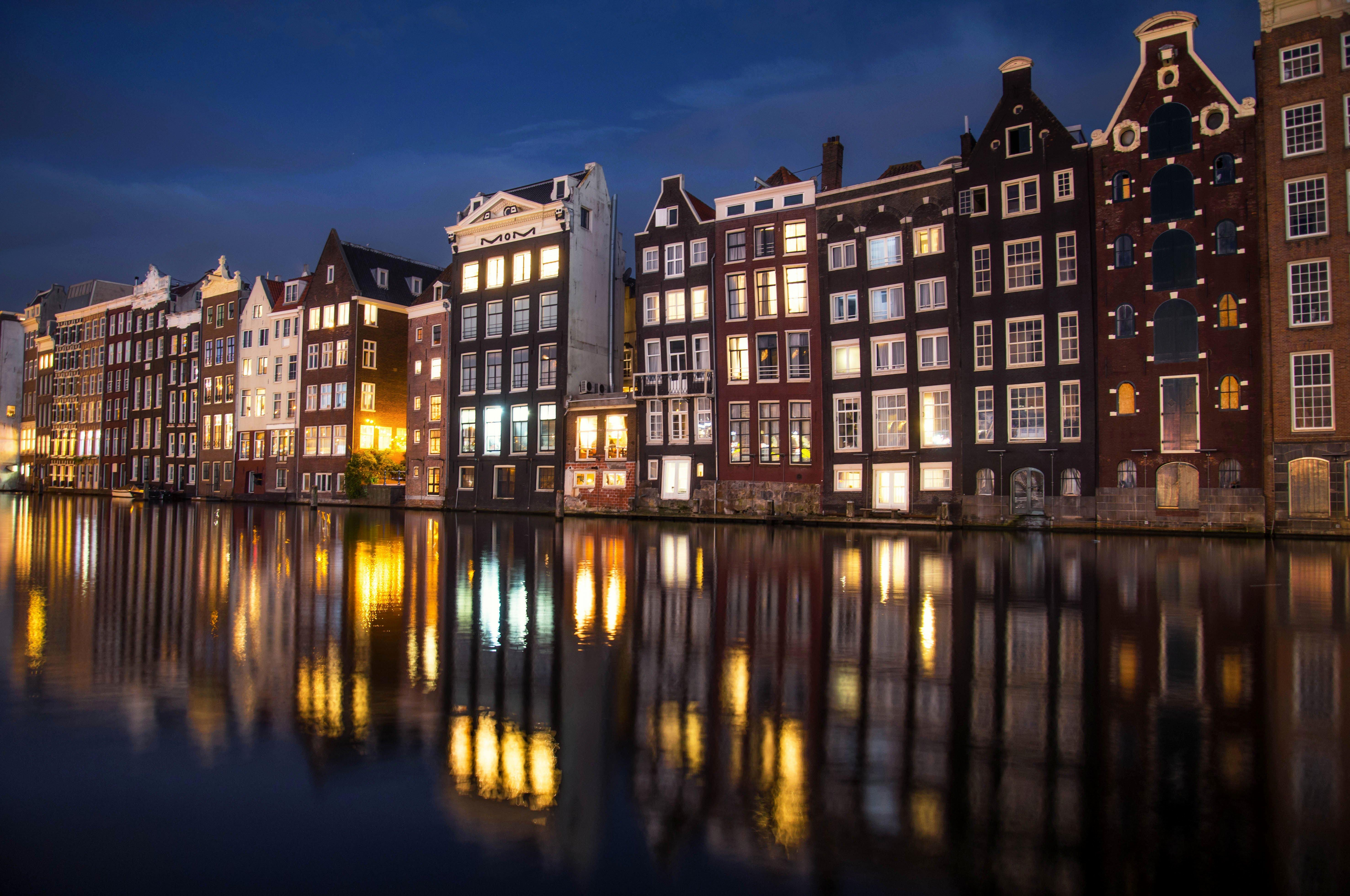 amsterdam netherland night architecture toyhouse egorbugrimov голандия амстердам ночь отражение европа архитектура огни, Егор Бугримов