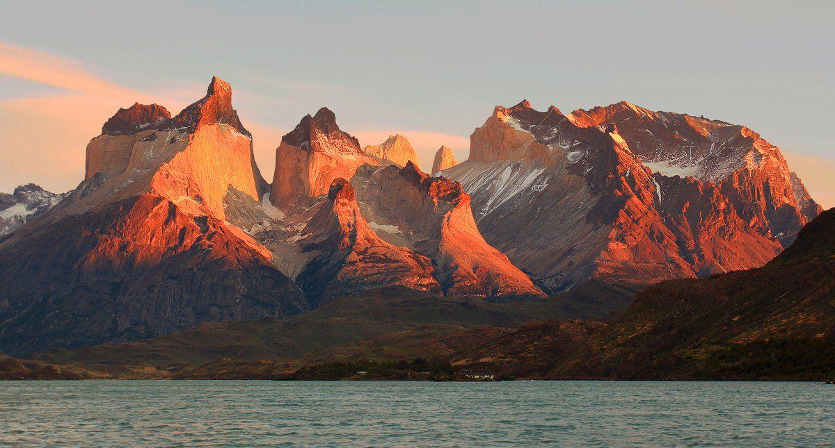 чили, торрес дель пайне, свет, цвет, вершины,  небо,  вода, рассвет,  chile, torres del paine, light, color, water, peaks, sunrise, Вера