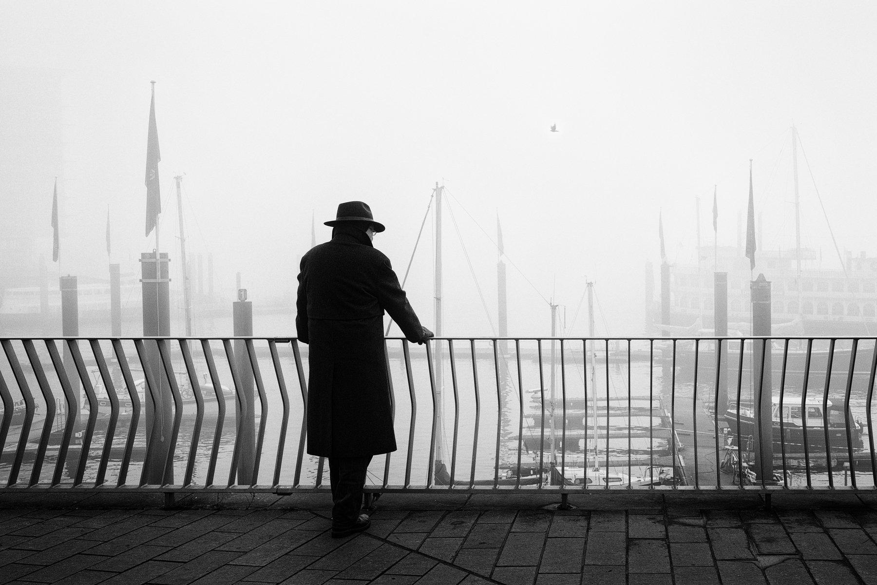 hamburg, street, person, urban, fog, mist, haze, harbour, hat, Schönberg Alexander