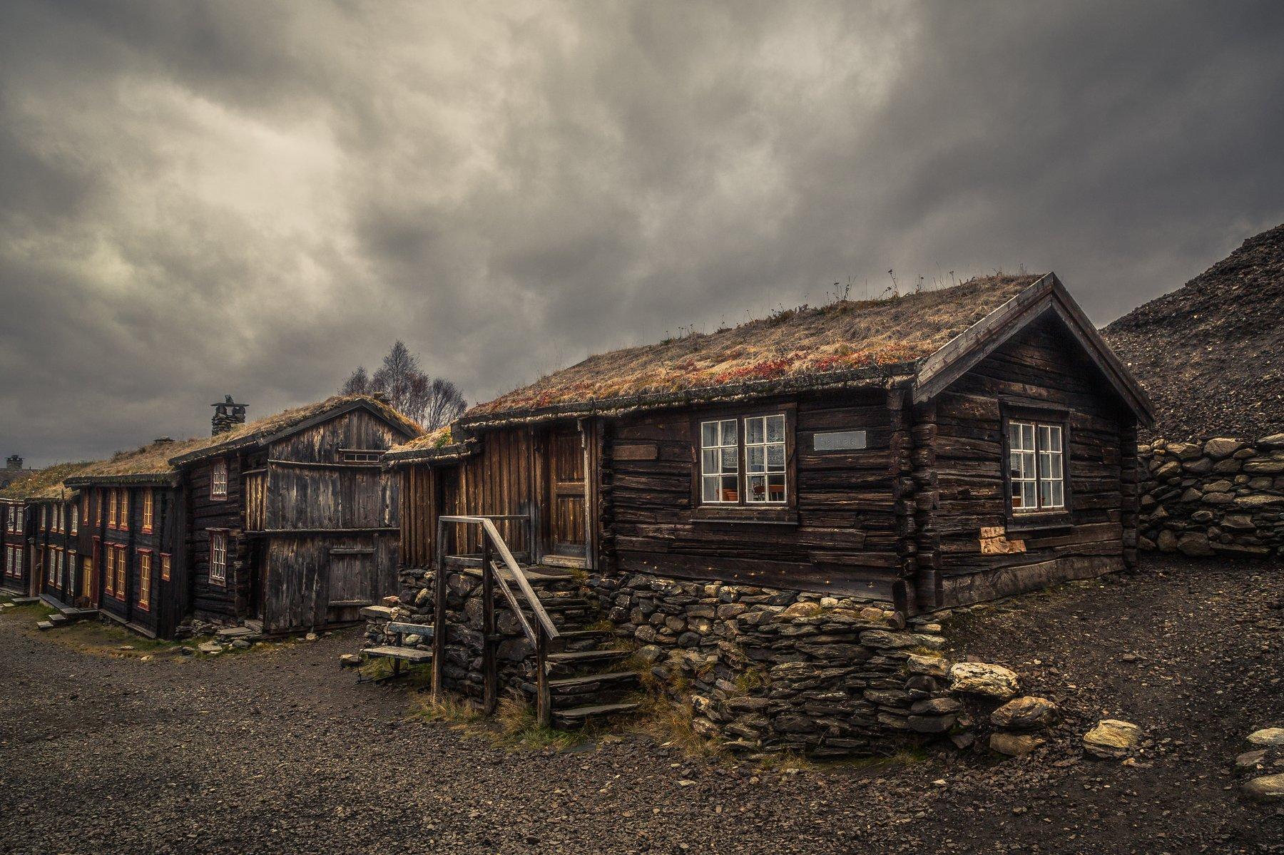 røros,norway,norwegian,mining town,houses,architecture,wooden,house,building,original,moody,unesco, Szatewicz Adrian