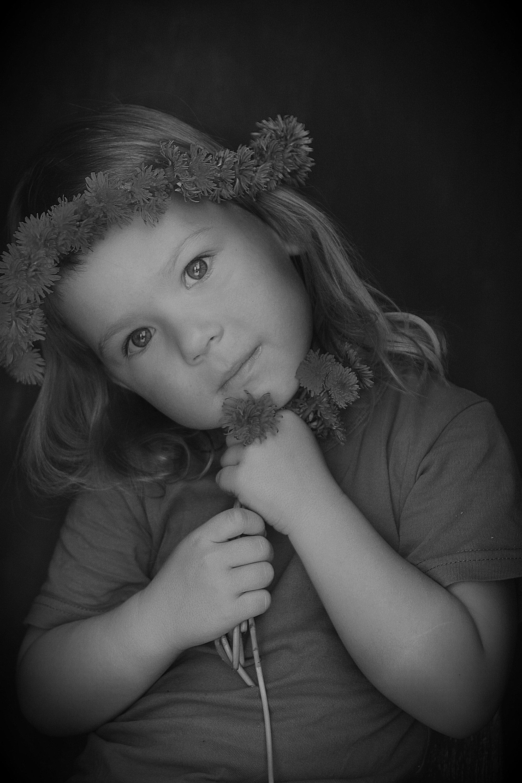 весна одуванчики жанровая фотография черно-белое, Вера Шамраева