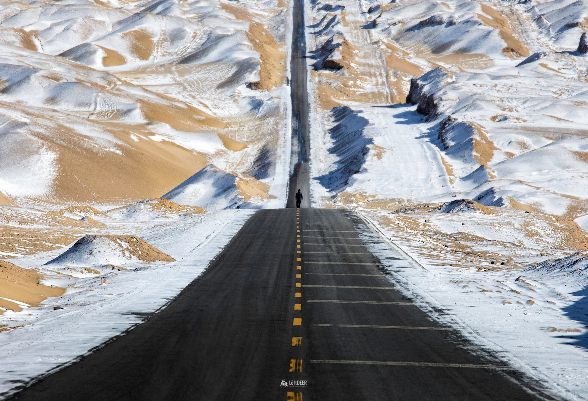 road,Snow mountain,Sky Road,desertm,snow,Qinghai,China,travel,landscapes,natural,  Xiaolei Yang