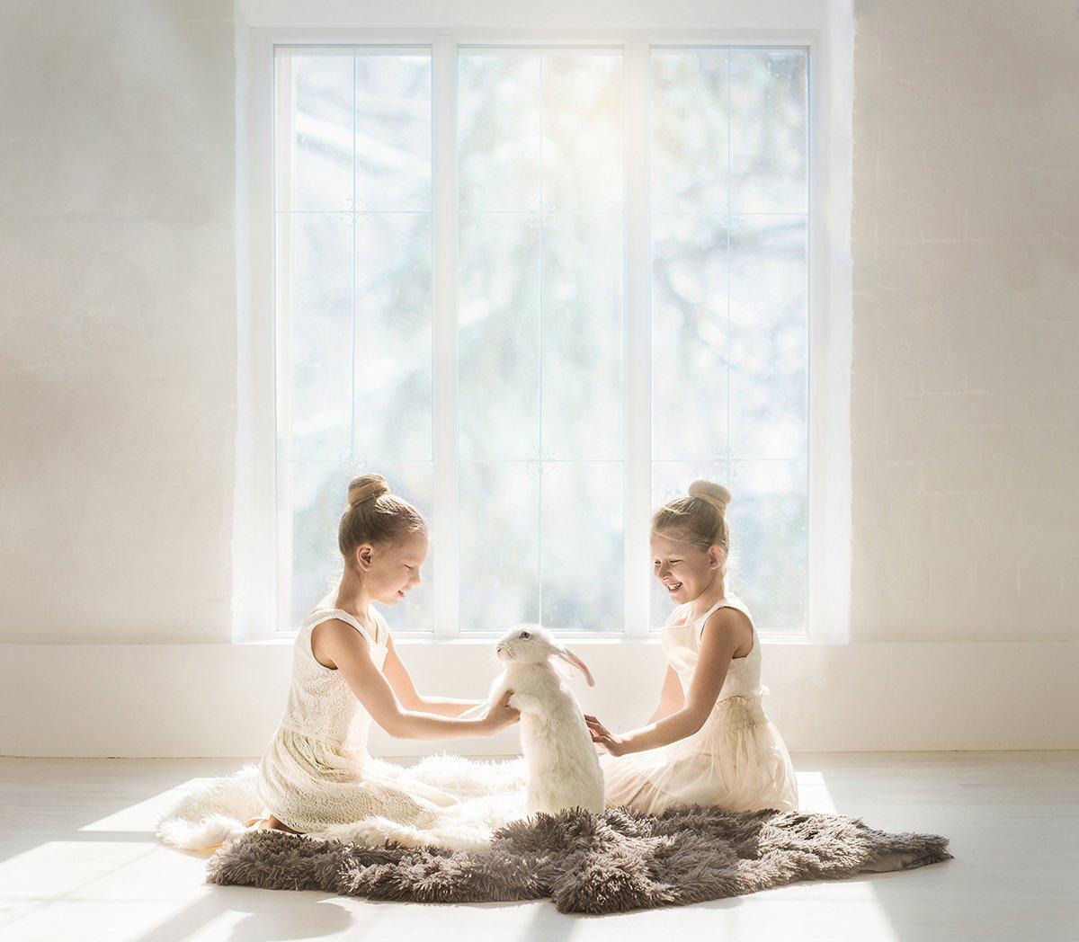 кролик, детство, милота, детская фотосессия, утро, Александрова Надежда