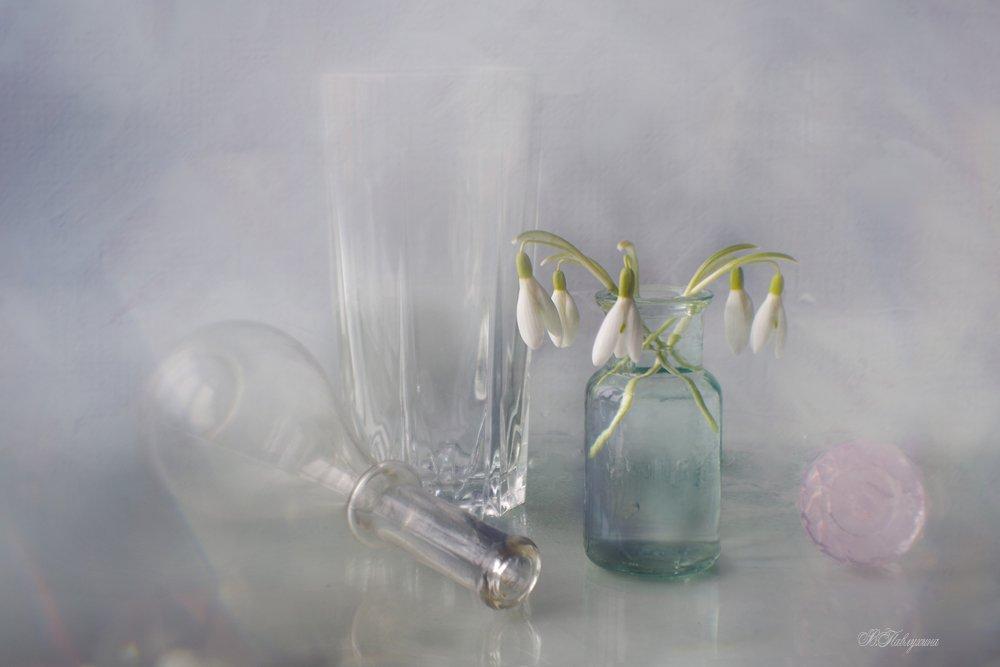 подснежники,цветы,весна,стекло,, Вера  Павлухина
