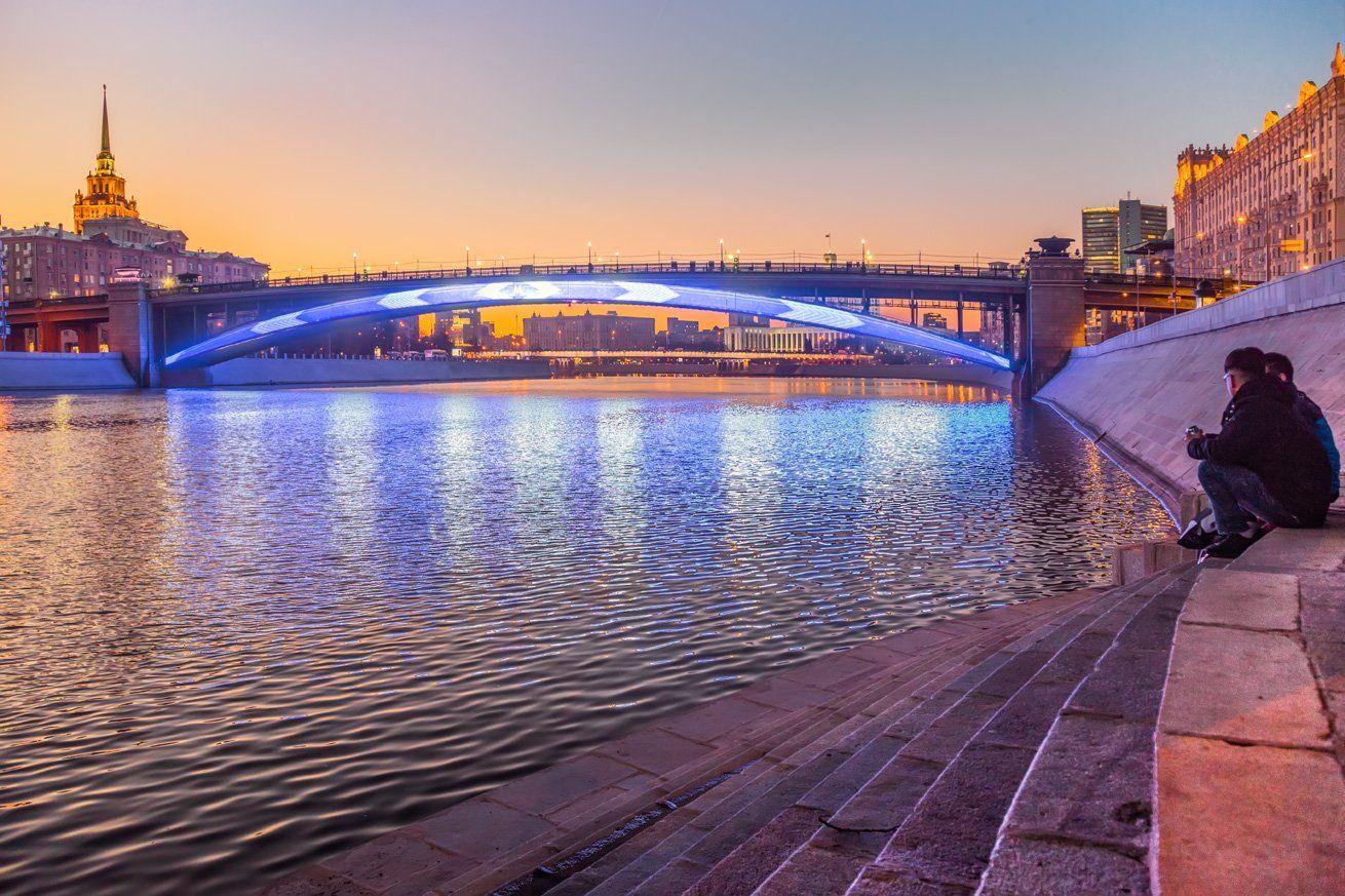 москва, вечер, река, мост, метромост, закат, набережная, Виктор Климкин