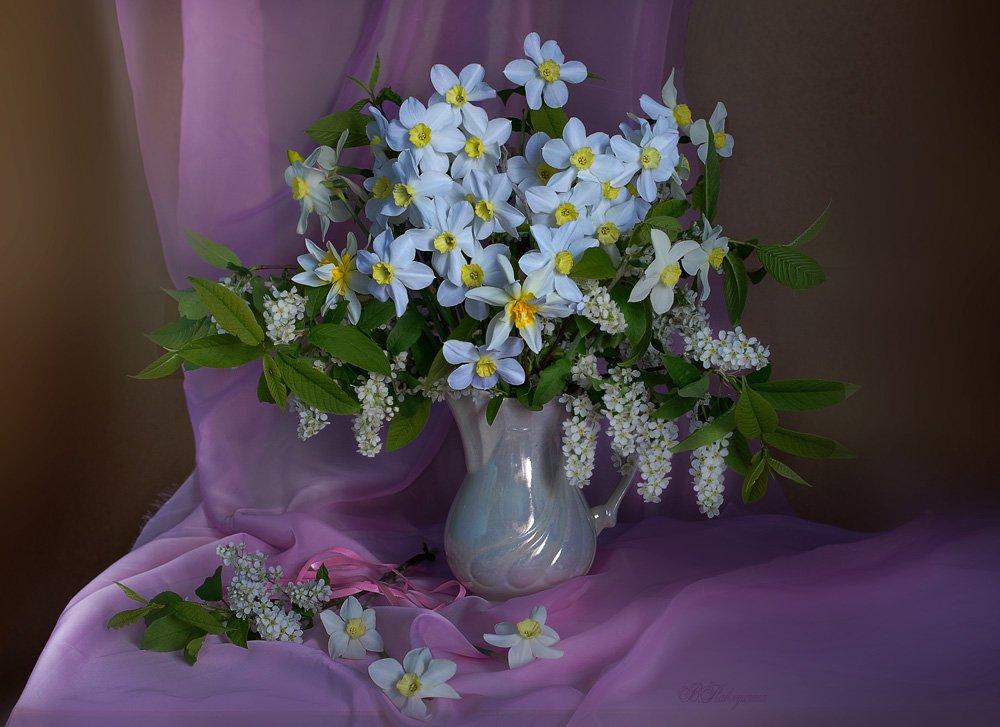 Весенние цветы Вера Павлухина