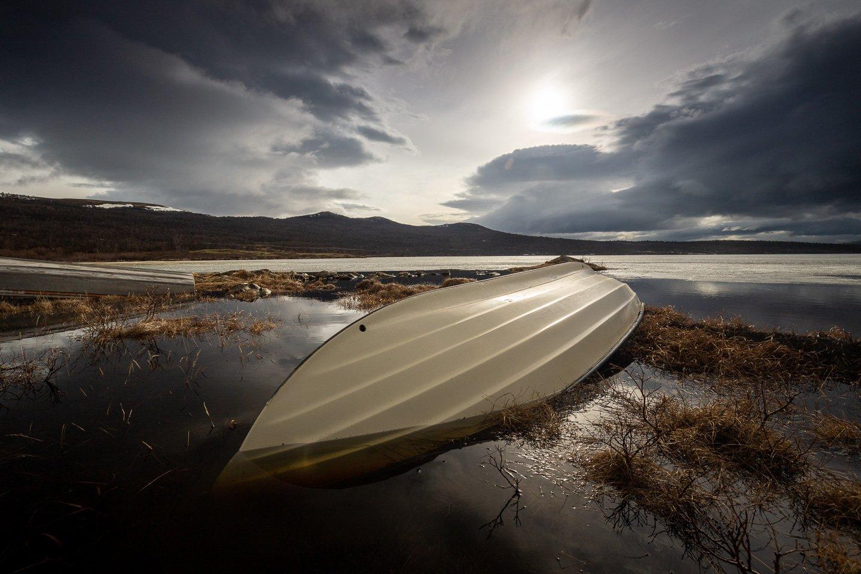 boat,shore,shoreline,dovre,dovrefjell,lake,norway,norwegian,, Szatewicz Adrian
