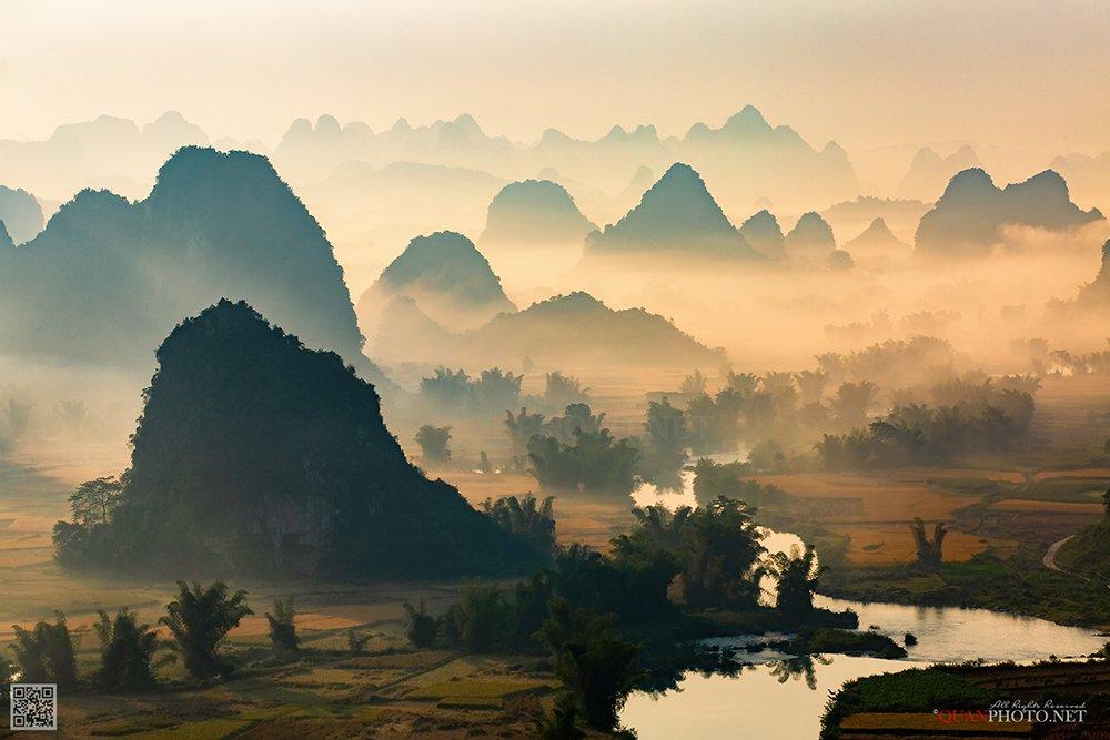 quanphoto, landscape, nature, morning, sunrise, dawn, valley, mountains, mist, misty, fog, foggy, river, long_exposure, vietnam, quanphoto
