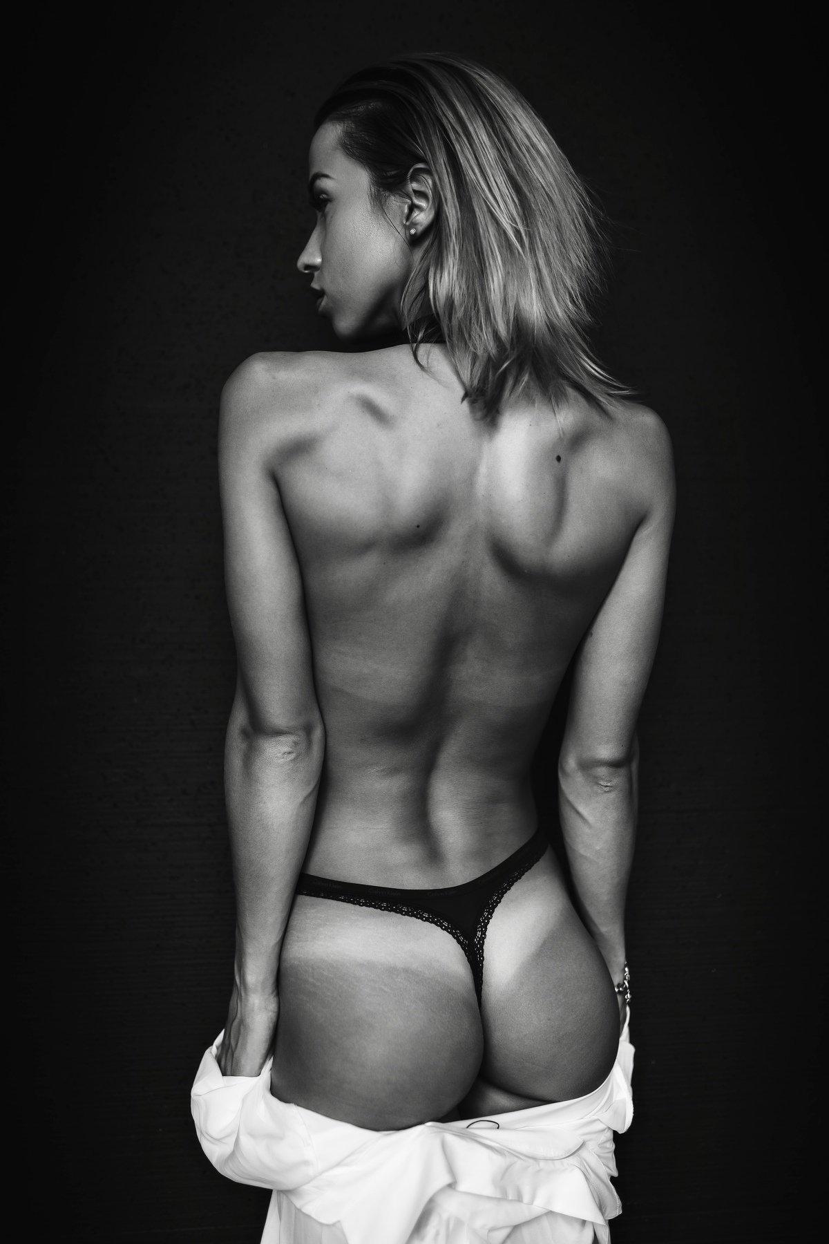 nude girl russian studio light topless, Пистолетов Илья