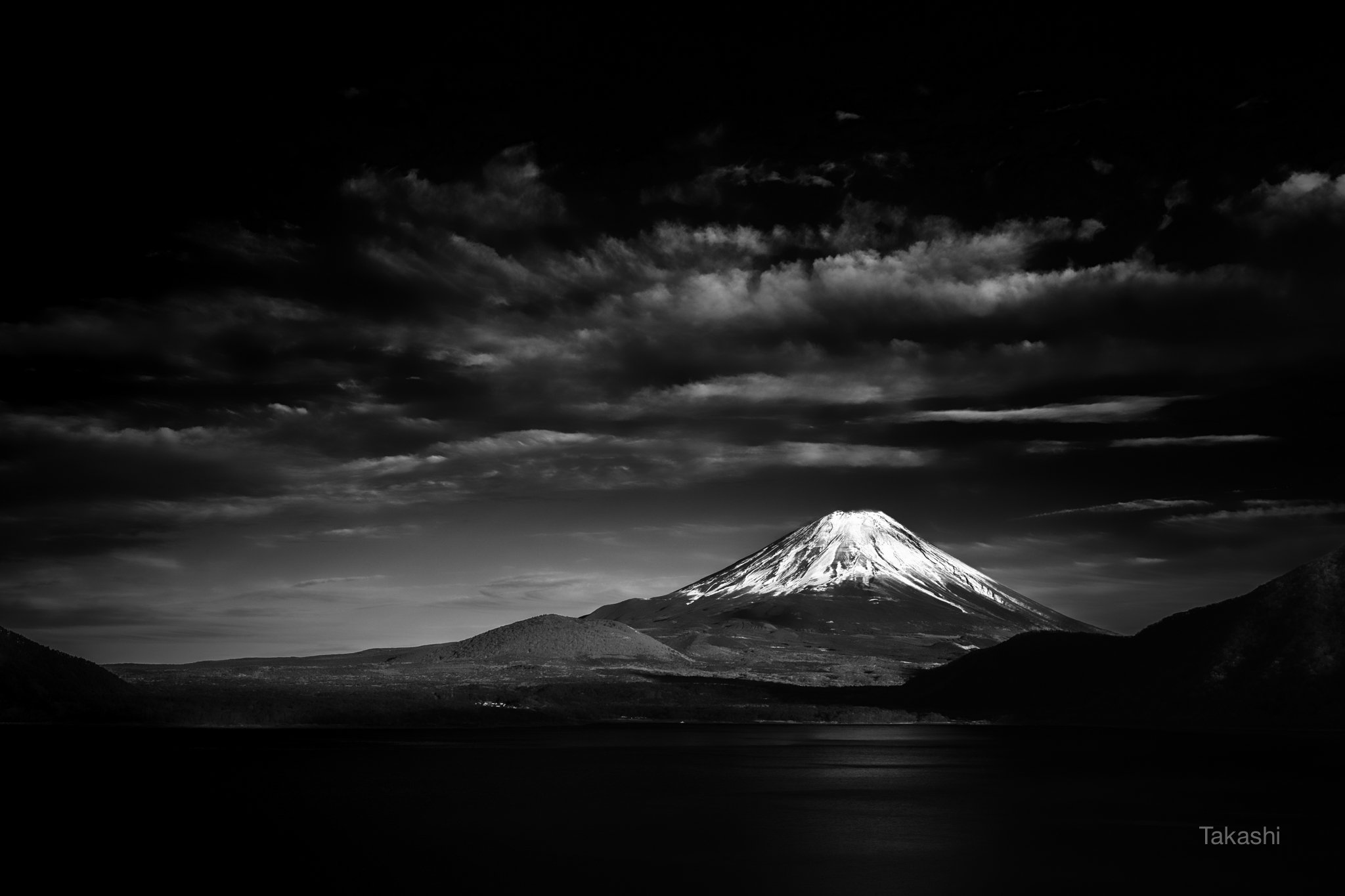 fuji,mountain,japan,snow,lake,water,clouds, Takashi