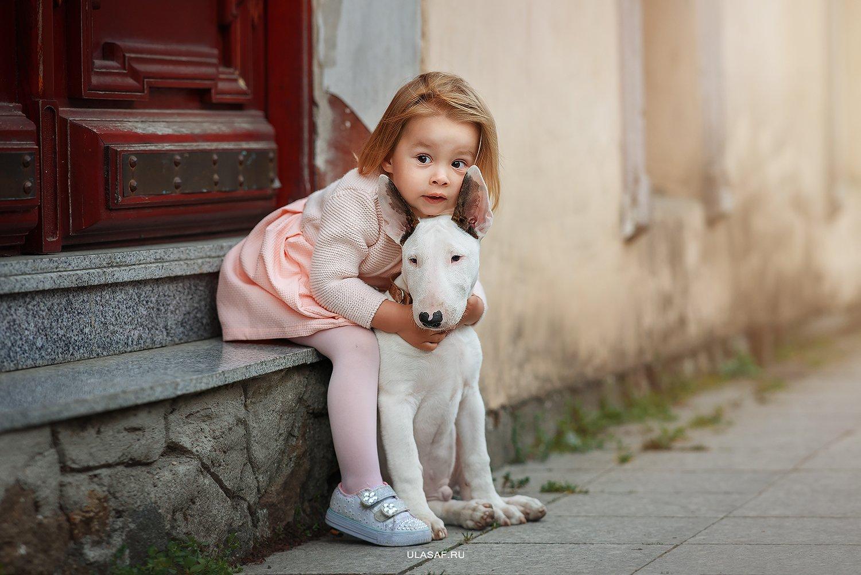 грузия, georgia, тбилиси, tbilisi, art photo, glamour, портрет, весна, spring, ребенок, дети, прогулка, девочка, girl, животное, собака, dog,радость, малыш, друзья, happy, фотопрогулка, любовь, love, бультерьер, 105mm, kid, children, beautiful, Юлия Сафо