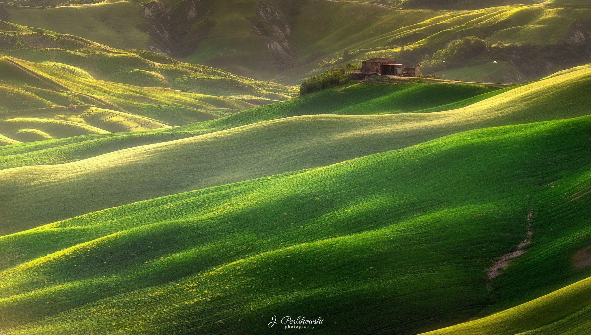 tuscany, landscape, italy, crete senesi, green fields,, Perlikowski Jakub