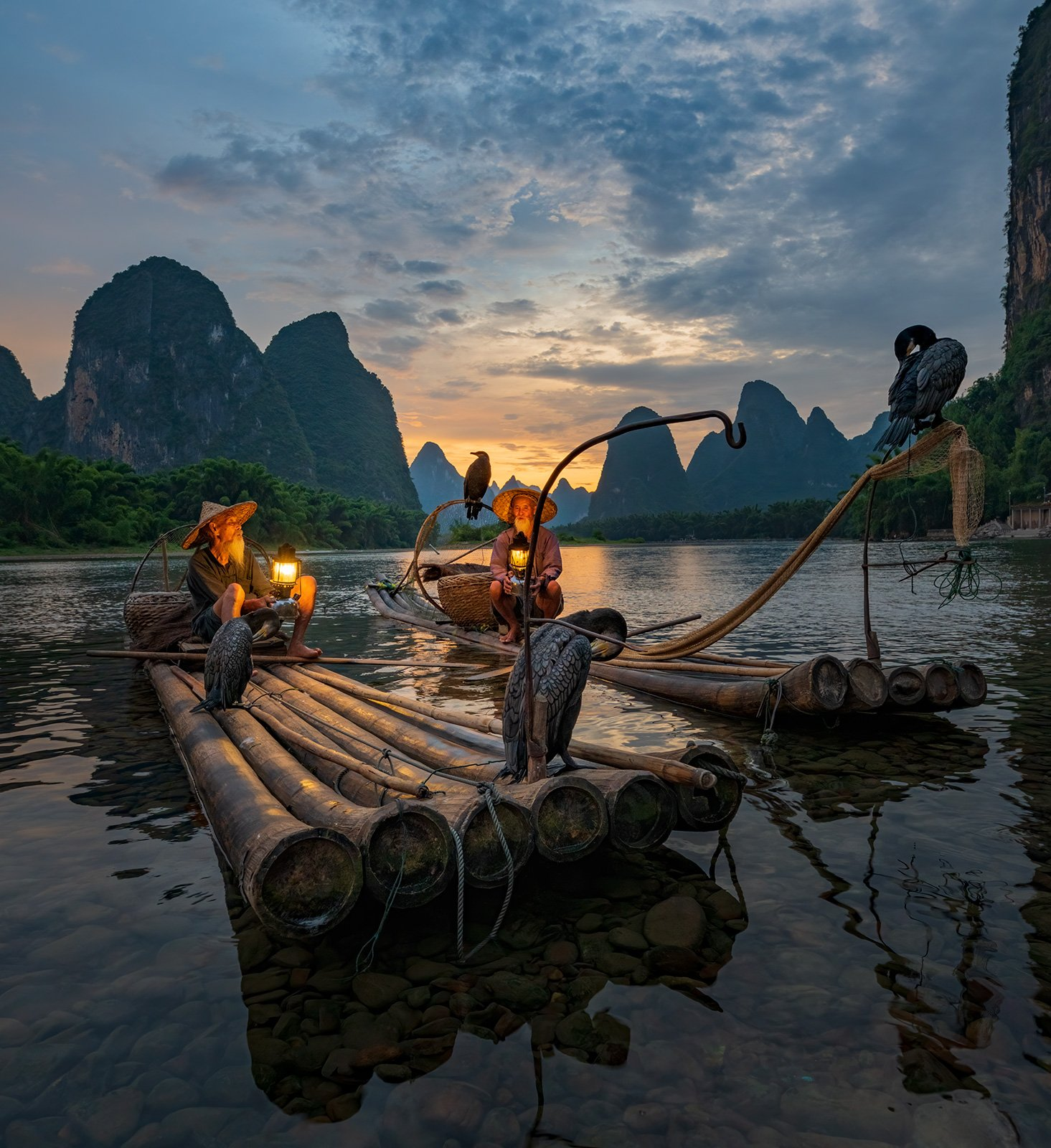 китай, старик, рыбак, баклан, бакланы, горы, закат, Алексей Емельянов