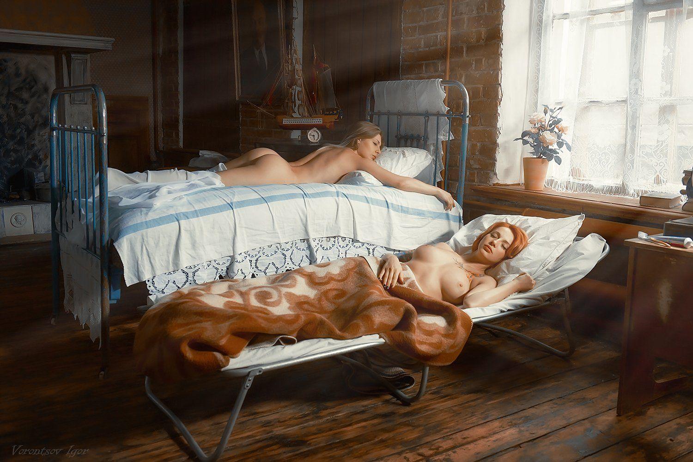 ню, девушки, грудь, обнажённая, красивая, окно, кровать, винтаж, Воронцов Игорь