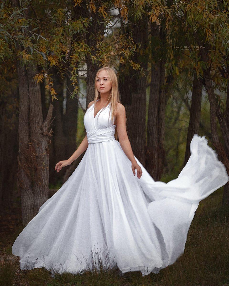 ивы, белое платье, нимфа, платье со шлейфом, Ольга Бурмистрова
