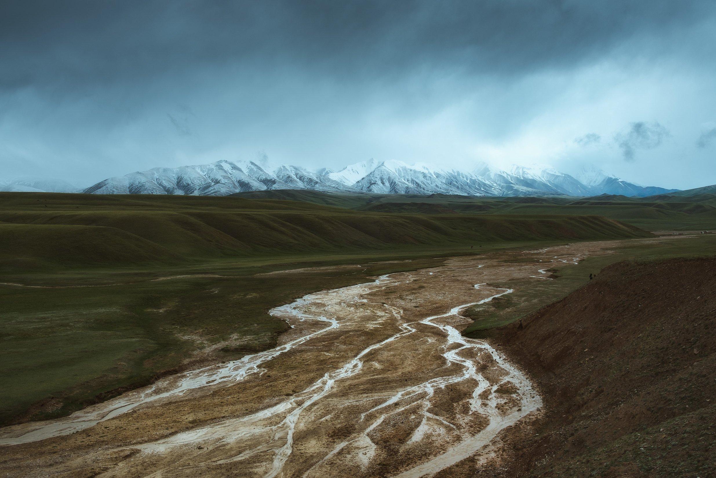 киргизия, кыргызстан, средняя азия, горы, каньон, скалы, пейзаж, весна, ущелье, река, рассвет, Оборотов Алексей