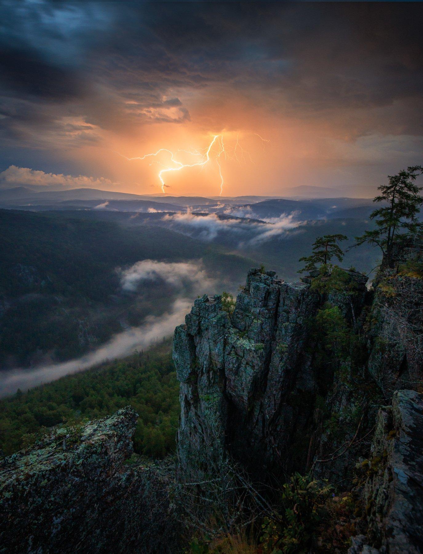 ночь, гроза, горы, южный урал, молния, Павел Меньшиков