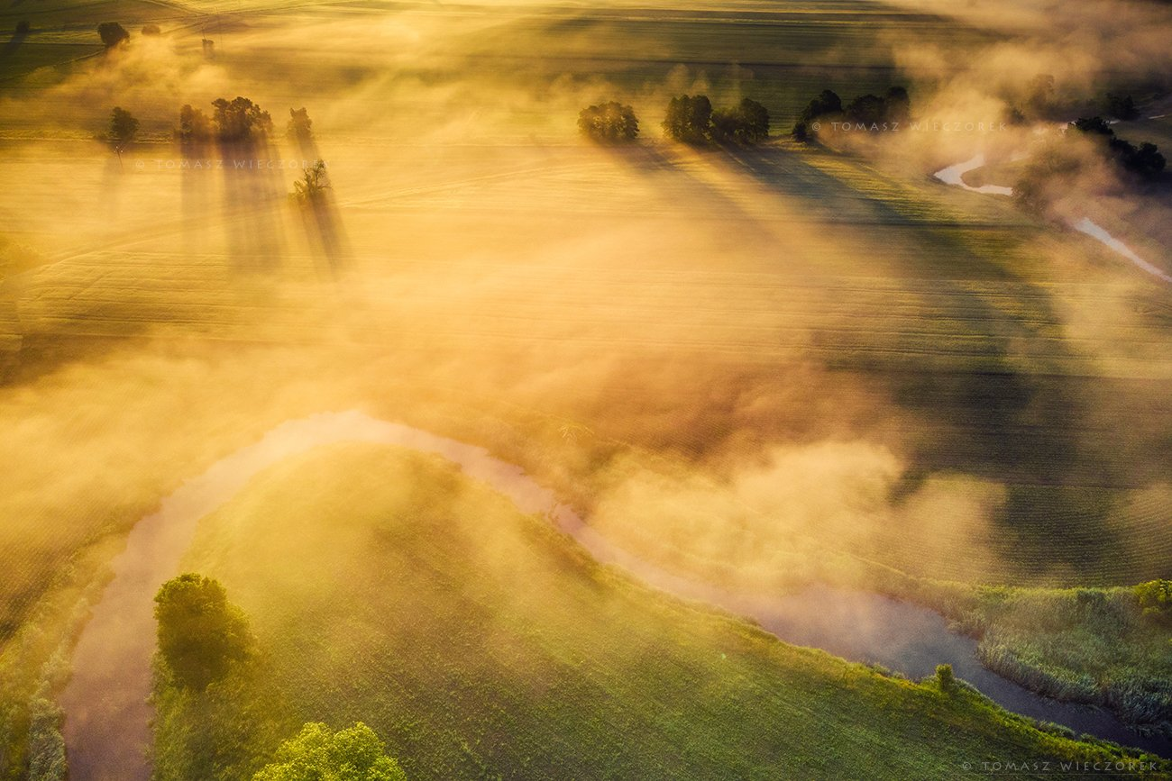 fields, drone, dji, air, poland, polish, landscape, sunrise, sunset, colours, spring, awesome, amazing, adventure, travel, beautiful, morning, Tomasz Wieczorek