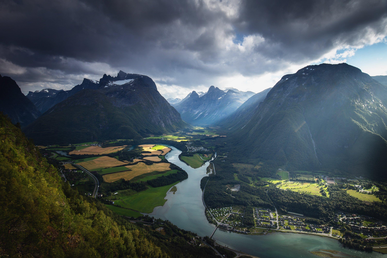 romsdalen,mountains,valley,romsdal,andalsnes,norway,norwegian,scandinavia,scandinavian,light,summer,landscape,nature,, Szatewicz Adrian