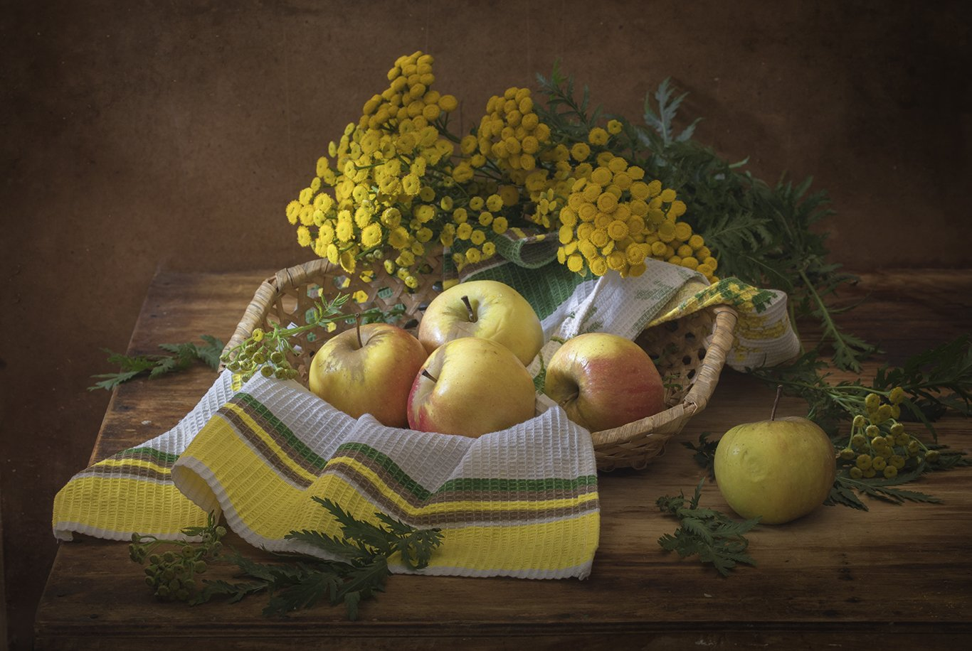 натюрморт,яблоки, Елена Рубинская