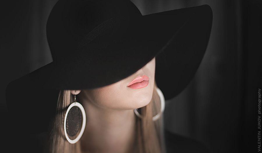 картинки девушка в шляпе