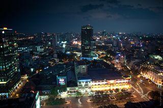 Ночной город, вид из ресторана.