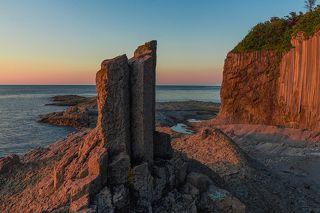 Мыс Столбчатый, о. Кунашир, Курильский архипелаг, Охотское море.