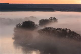 Одеяло тумана перед восходом