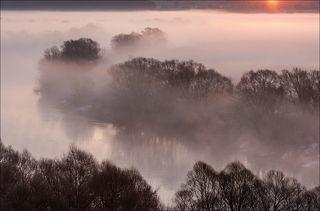 Восход над туманом
