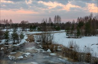 В ожидании восхода на берегу Медведицы в марте