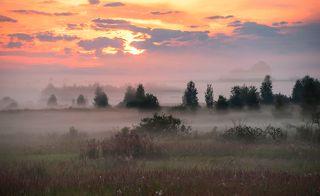 02 Лучи солнца коснулись утреннего тумана