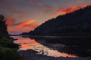 Вечерний берег реки Томь. Юг Кузбасса
