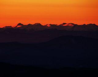 Горы встречают новый день!
