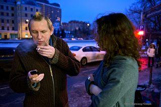 Олег Гаркуша – шоумен, музыкант, визитная карточка группы «АукцЫон». Символ, пожалуй, всего ленинградского рок-н-ролла. Именно благодаря ему концерты группы «АукцЫон» стали тем эксцентричным шоу, что они представляет собой сейчас.