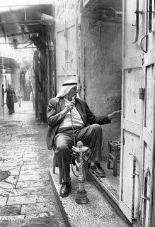 Соло в Старом городе.