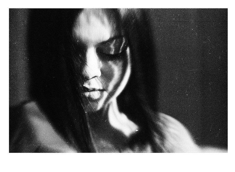 жанровый портрет, девушка, эмоции, от сердца, искренность, black&white Океан ветраphoto preview