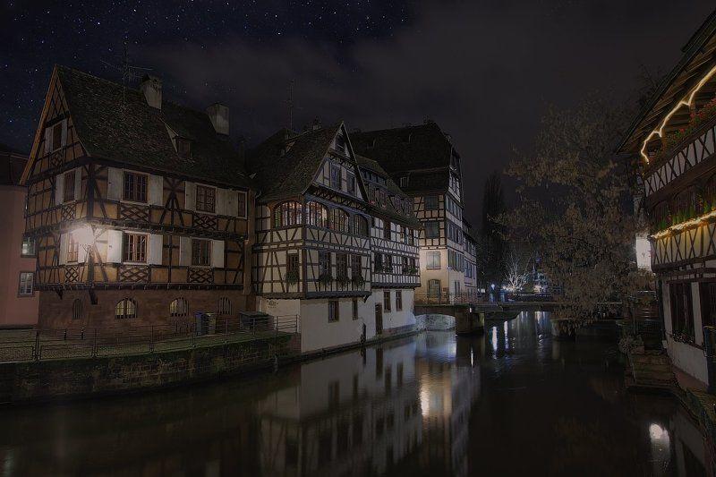 Alsace, Canon EF 16-35 mm f/2.8L USM, Canon EOS 5D Mark II, Family garden, France, Frank Sinatra, La Petite France, Silent Night, Strasbourg, Vint26, Zaporozhenko vitaly & julia Silent Nightphoto preview