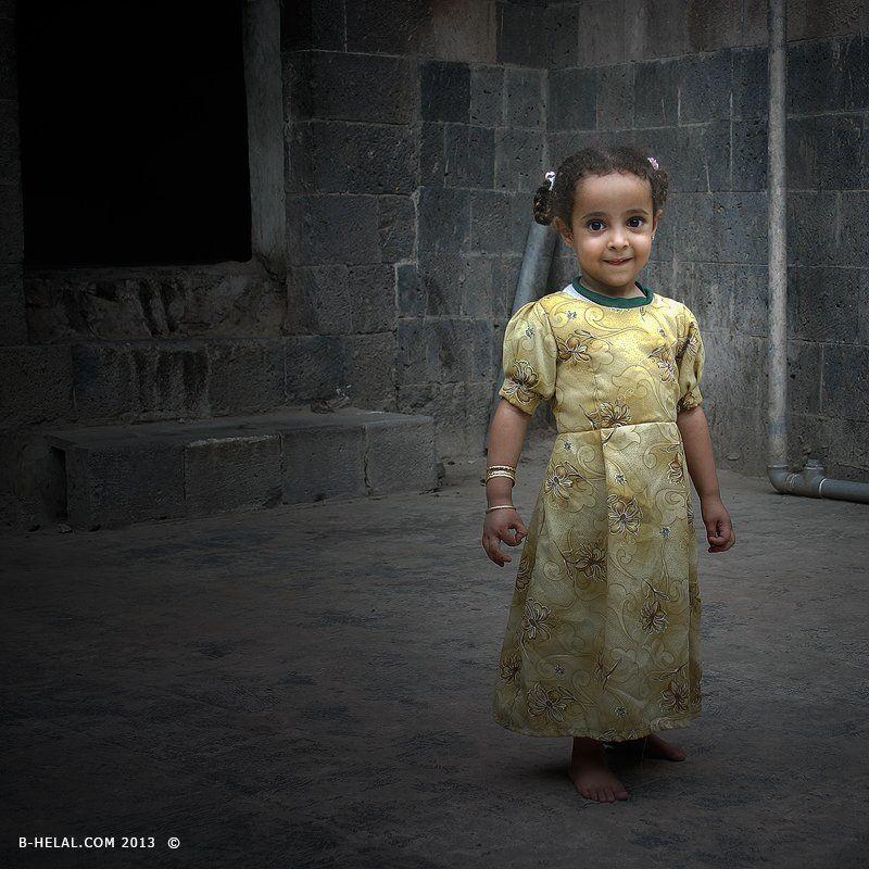 2005, Little girl, Yemen Honest feelingphoto preview