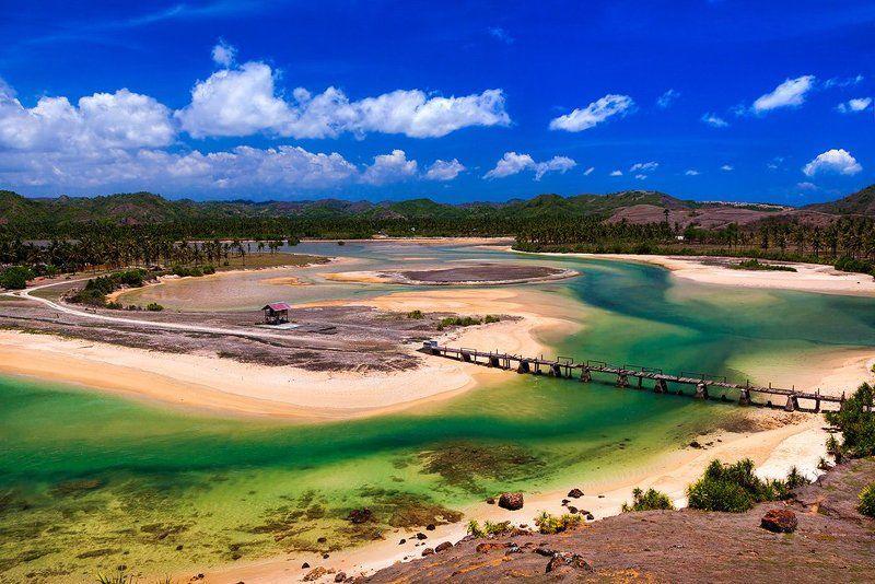 Морское побережье острова Ломбок, Индонезия.photo preview