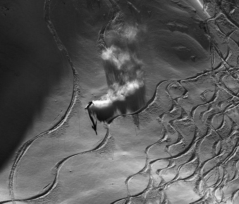 горные лыжи, горы, спуск, тень Догоняя тень...photo preview