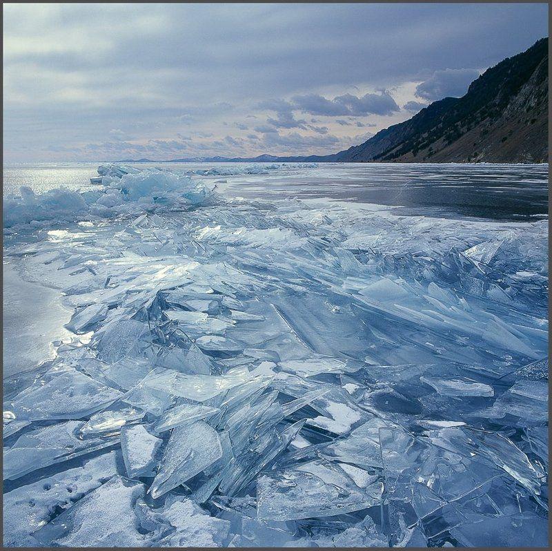 На хрупких льдах Байкала.photo preview