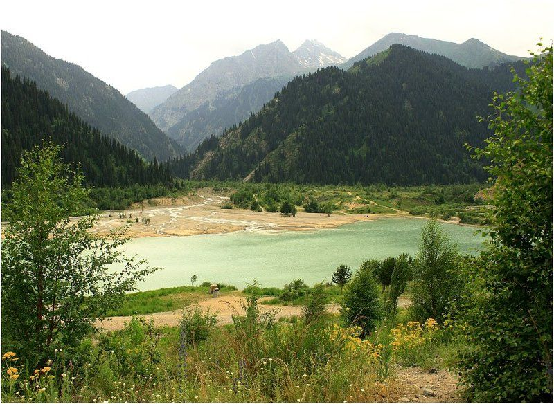есiк, озеро, горы Есiкphoto preview