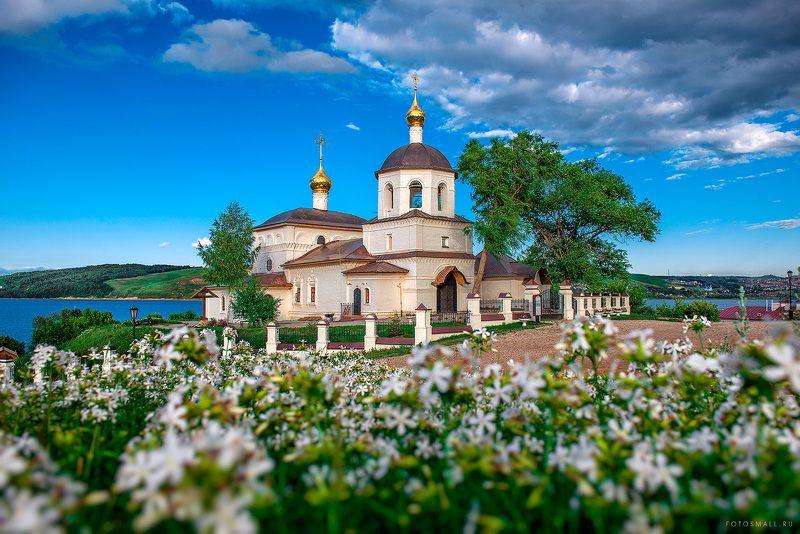 Свияжск. Храм святых Константина и Елены.photo preview